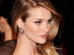 Rosie Huntington-Whiteley favours balanced diet