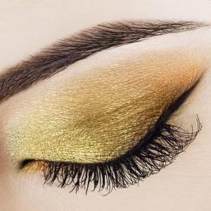shimmer eyeshadow