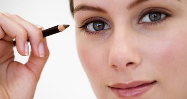 How to apply kajal or kohl the right way