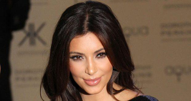 Kim Kardashian eats diet wedding cake