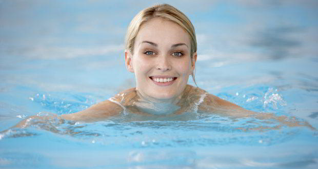 Is Swimming Ruining Your Hair And Skin Tips To Shield Them From Chlorine Damage Thehealthsite Com