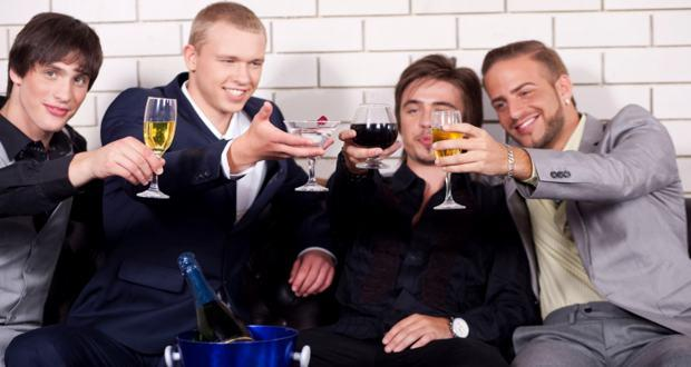 Moderate drinking in a group reduces risky situations
