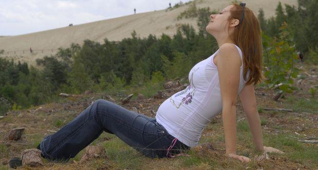 Is it safe to travel during pregnancy