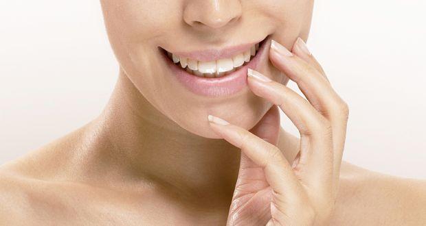 Beauty Tip #28: Lighten dark lips with beetroot paste