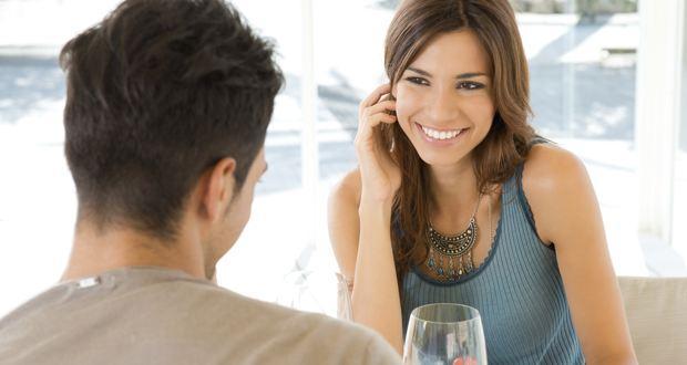 72% Indian men want women to propose: Survey