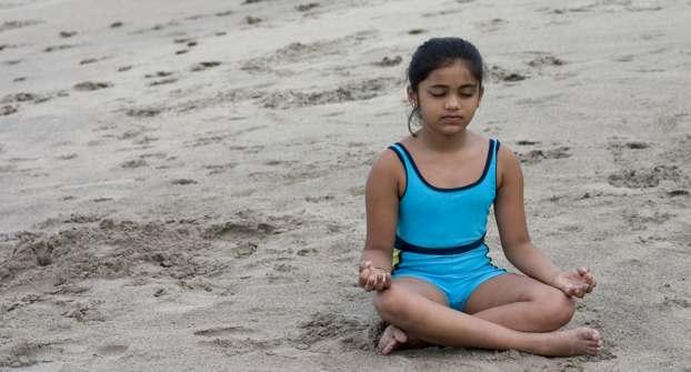 Family yoga to beat heart disease