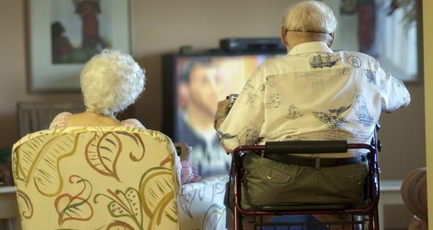 Old-man-sedentary-lifestyle