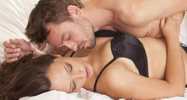 6 sex positions to romp up your bedroom sessions