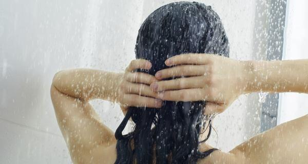 Night hair care tip shower in cold water