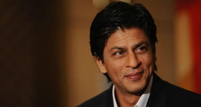 Shah Rukh Khan plans a 'quiet' 50th birthday with family