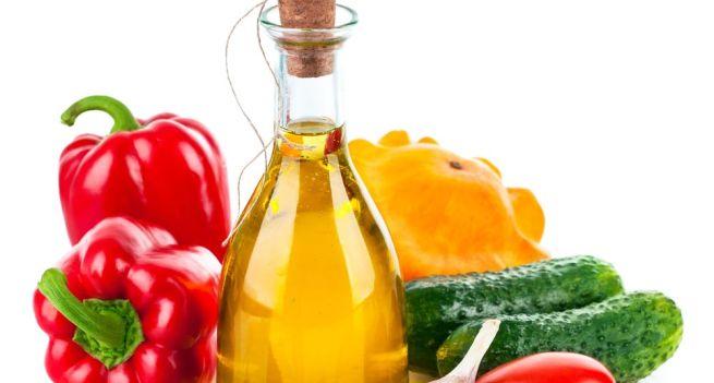 Vegetable oil for dry hair