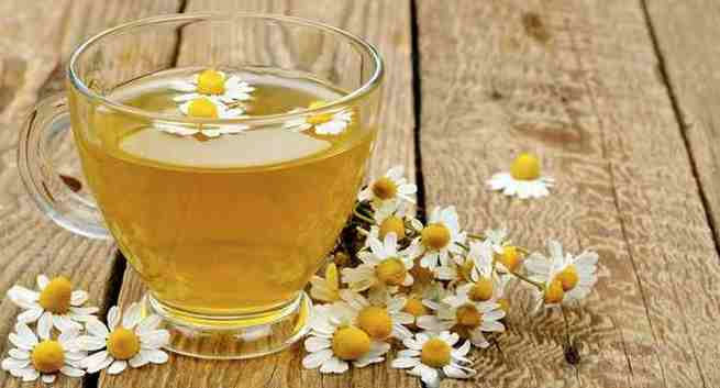 Chamomile tea for oily skin