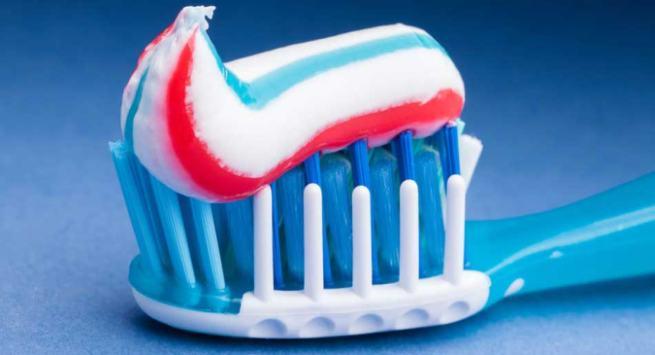 Sweetner in Toothpaste in hindi
