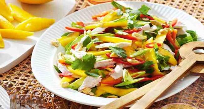 chicken-and-mango-salad in hindi