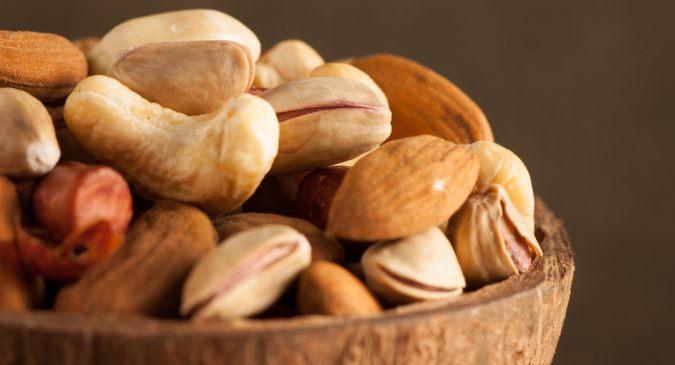 Nuts calories hindi