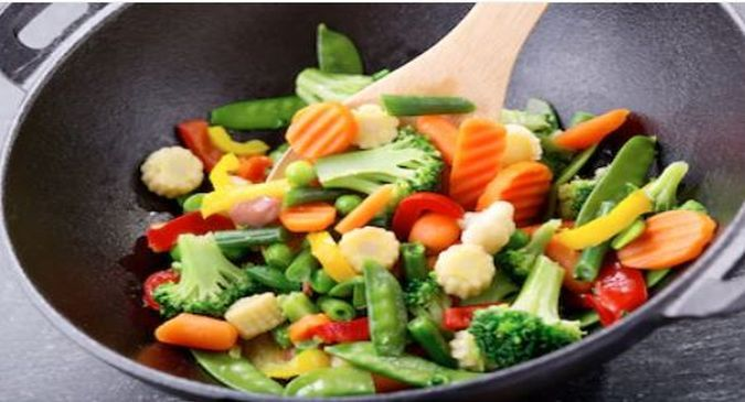 steamed vegetables eatingg