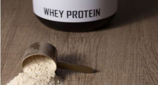 Whey Protein - different types of whey protein - harmful side effects of consuming whey protein - benefits of eating whey protein
