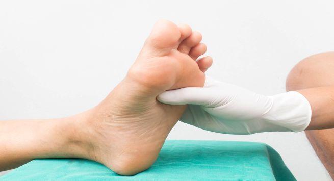 Diabetic neuropathy feet tips