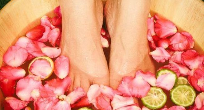 pedicure-in-hindi