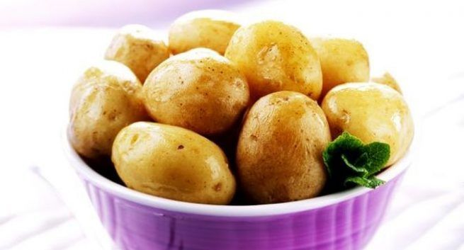 sweet-potatoes vrs potatoes which is healthy 1