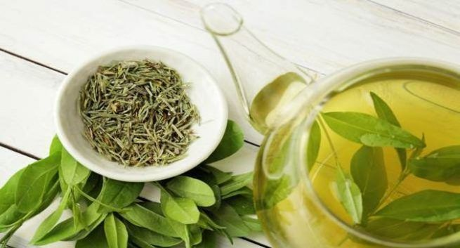 Herbal Tea to Make Hair Healthy 1