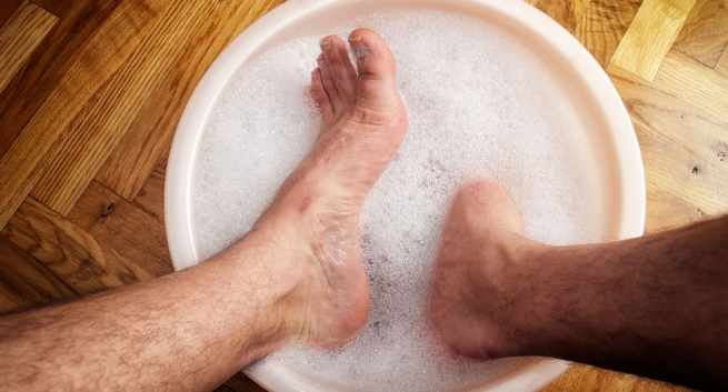 Foot care for diabetic patient in winter2