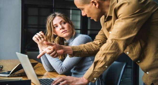 एयर कंडीशनर में वर्किंग Why working womens are upset in air conditioners