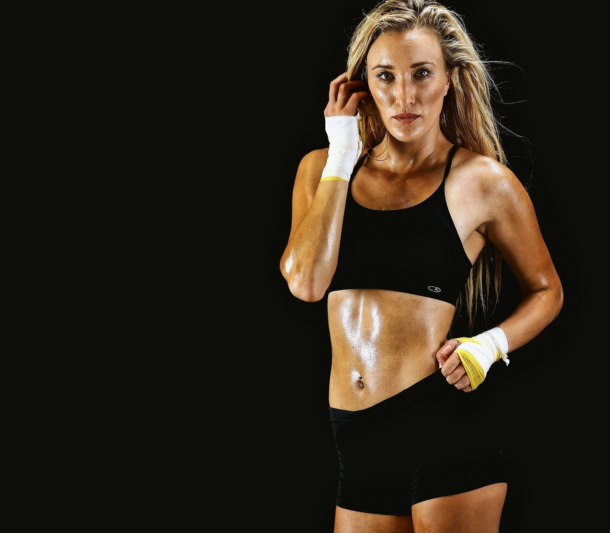 gym workout clothes स्पोर्ट्स ब्रा और जिम वर्कआउट