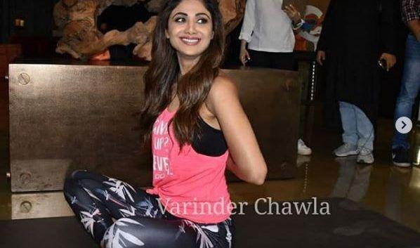 shilpa shetty yoga pose