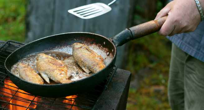 reusing utensils for cooking, reusing frying pan, Reusing Oil, Healthy Cooking Tips.