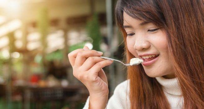 foods that curb sugar cravings