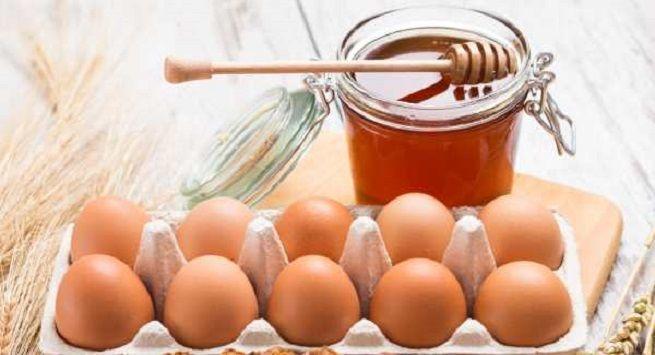 Eggs and honey for skin