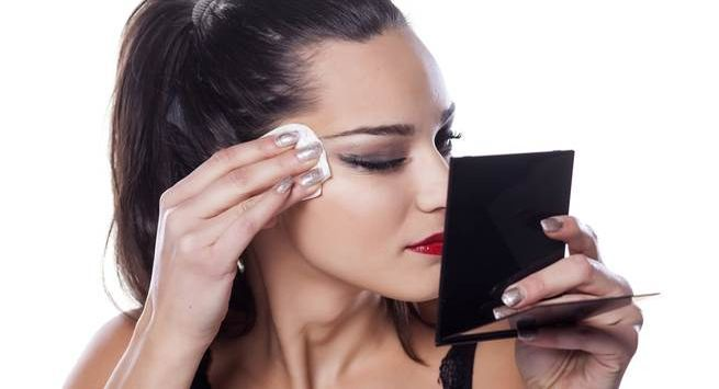 Pamper your skin after that dose of makeup